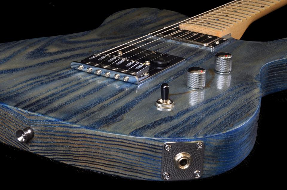 Munson tempest retro custom shop guitar